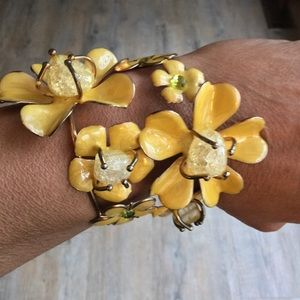 Vintage yellow enamel flower bracelet retro 1970's